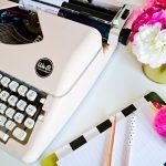 We R Memory Keepers mejor precio en oferta online Máquina de Escribir antigua